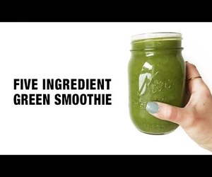 green smoothie, minimal, and vegan image