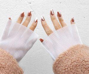 fashion, hands, and metallic image