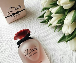 flowers, chic, and Dolce & Gabbana image