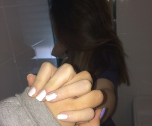 Best, amiche, and hands image
