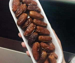 dates, dry, and fit image