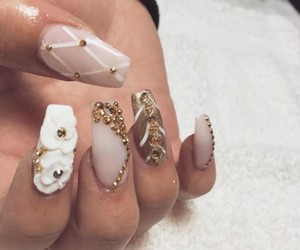 beauty, nails, and flowers image