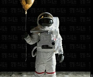 astronaut, balloon, and space image