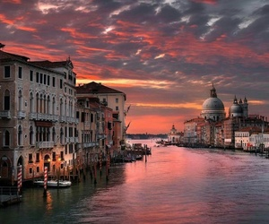 venice and sky image