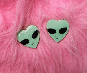alien and pink image