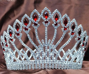 crown, fashion, and tiara image