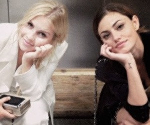 phoebe tonkin and claire holt image