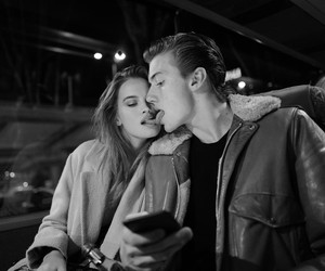 couple and lucky blue smith image