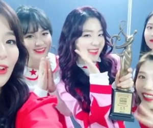 joy, red velvet, and wendy image