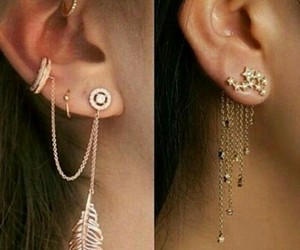 ear, earring, and accesorize image