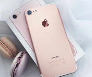 rose gold and iphone 7 image