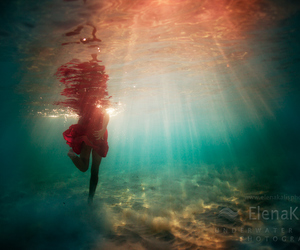 girl, underwater, and photography image