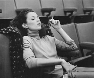 kate moss, cigarette, and black and white image