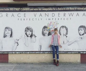 grace vanderwaal image