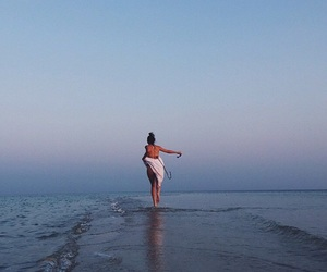 kendall jenner, beach, and sea image