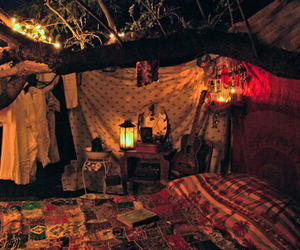 bedroom, treehouse, and quilt image