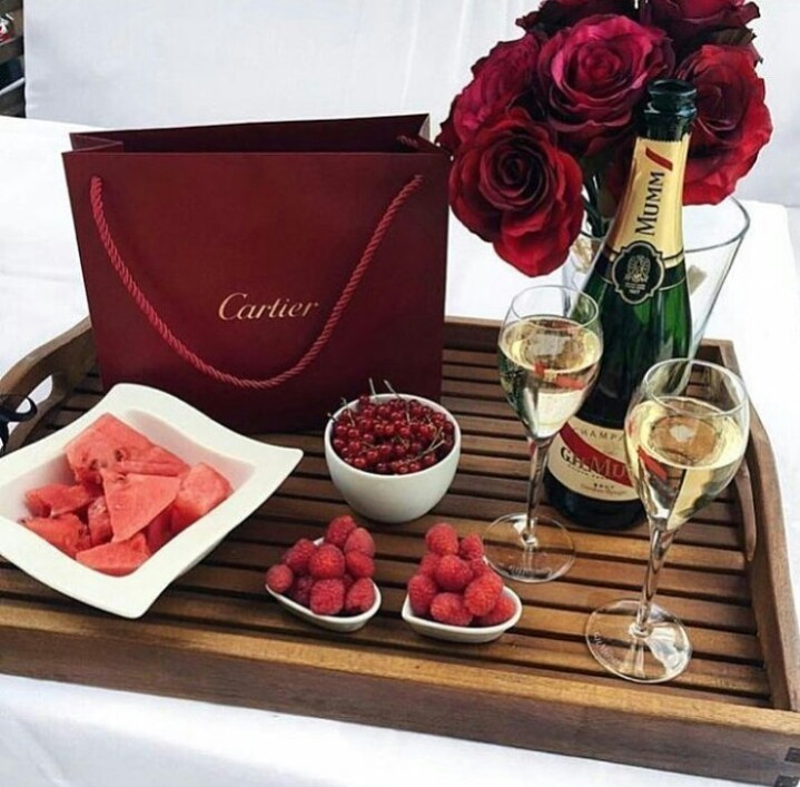 luxury, red, and cartier image
