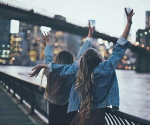 friends, city, and friendship image