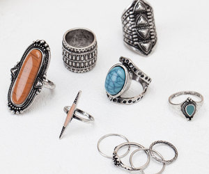 beauty, rings, and accessories image