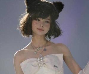 玉城ティナ and dress image