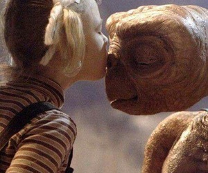 et, movie, and kiss image