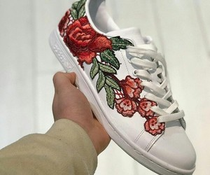 rose and shoes image