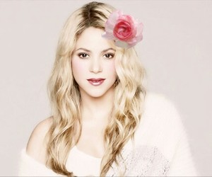 pretty, shakira, and my queen image