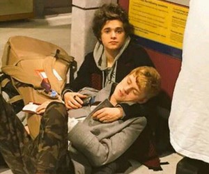 tristan evans, the vamps, and bradley simpson image