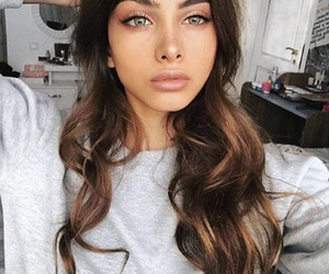 girl, beautiful, and makeup image