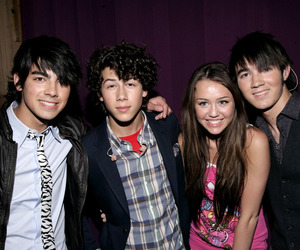 jonas brothers, miley cyrus, and niley image