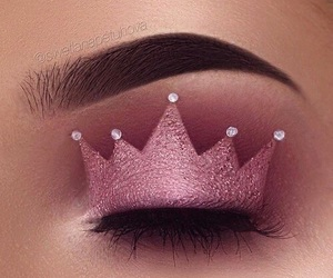 crown and makeup image