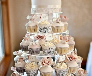 cupcake, wedding, and cake image