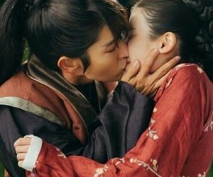 kdrama, scarlet heart ryeo, and kiss image