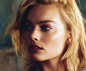 diva, margot robbie, and perfect image