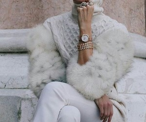 accesories, fur, and bracelet image