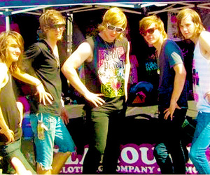 the maine, so gay, and my bitches image