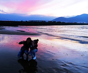 amigas, beach, and pink image