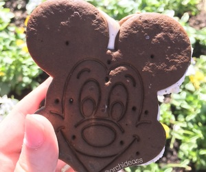 delicious, disney, and food image
