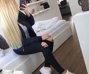 outfit, blonde, and clothes image