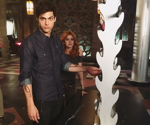 shadowhunters, matthew daddario, and clary fray image