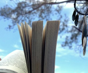 aesthetic, beach, and bookish image