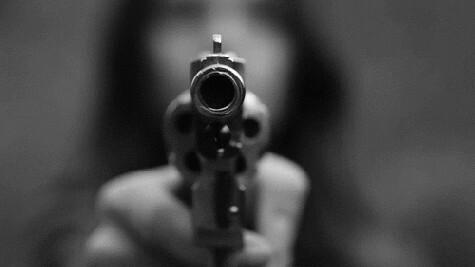 armas, mafia, and mujeres image