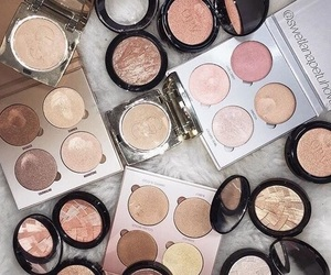 beauty, highlight, and shimmer image