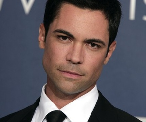 svu, law & order svu, and danny pino image