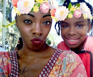 beauty, mommy and daughter, and snapchat image