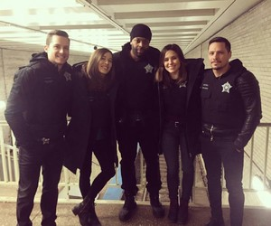 sophia bush, chicago pd, and jesse lee soffer image