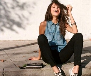 girl, smile, and vans image