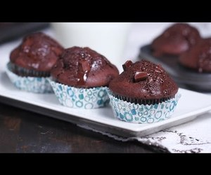 chocolate, cupcakes, and video image