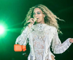 beyoncé, formation world tour, and pittsburgh image