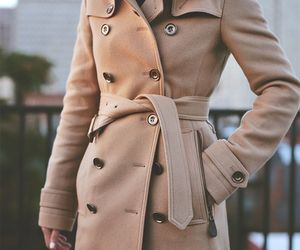 camel, coat, and ‎trenchcoat image
